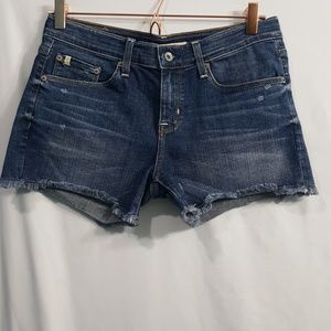 Big Star Joey Boyfriend jean shorts fray hem